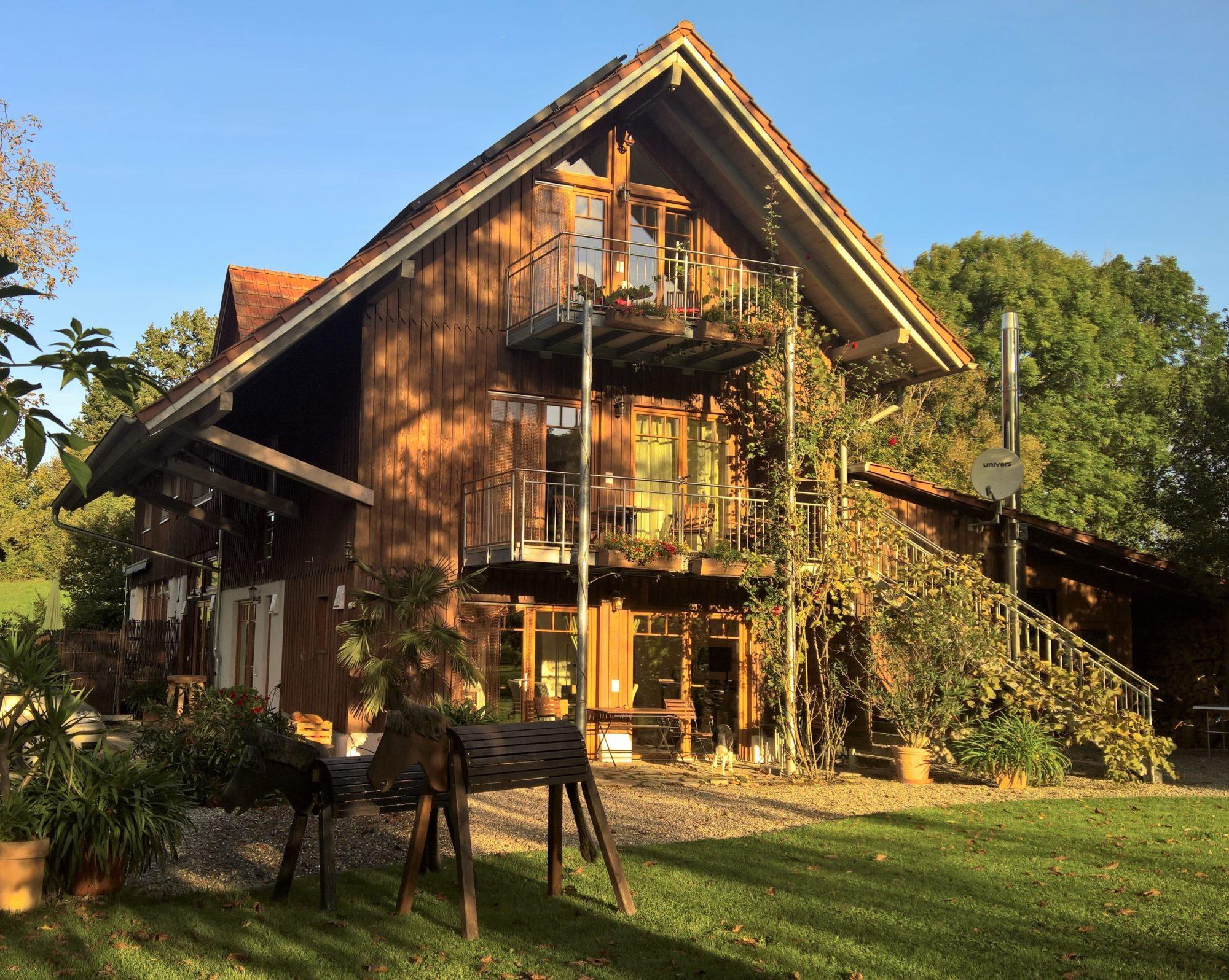 Farm100   -   Öko-Lifestyle-Ferienwohnungen